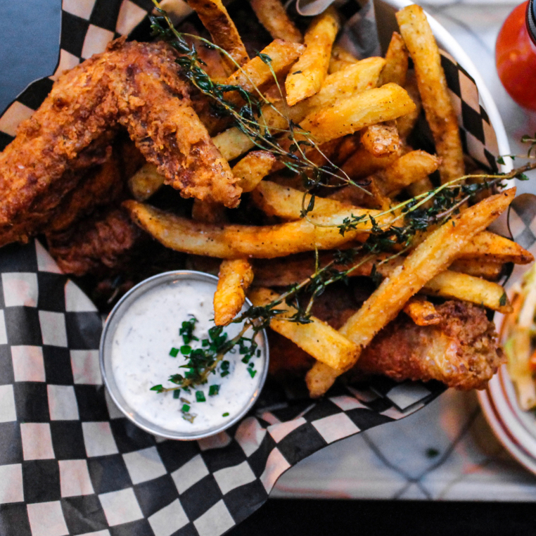 Bud & Marilyns - Lunch Fried Chicken Bucket